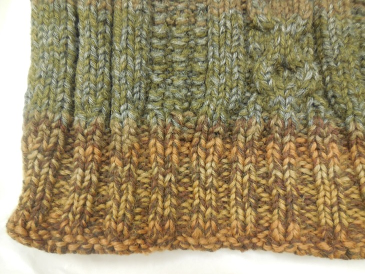 Ribbing on the lower front of the jumper