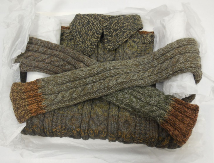 Pullover knitted by Lance Corporal PA Burge, 14 Battalion AIF, in its archive box