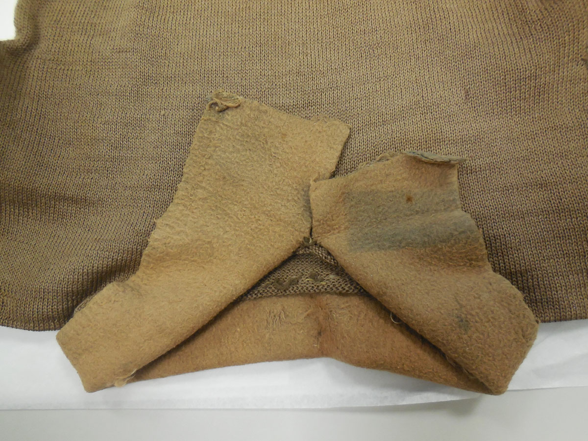 The collar of Bombadier Burnetts pullover