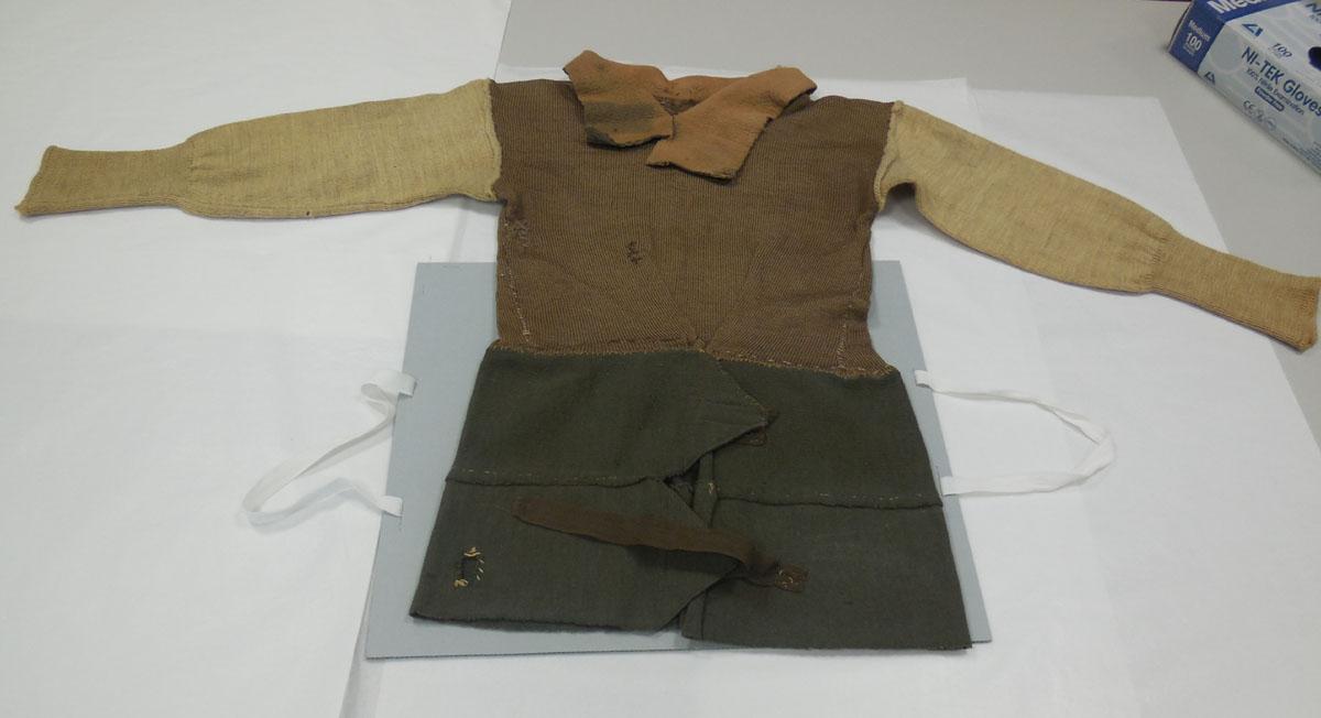 Improvised pullover, BombadierL G Burnett, 2/10 Field Regiment, World War II