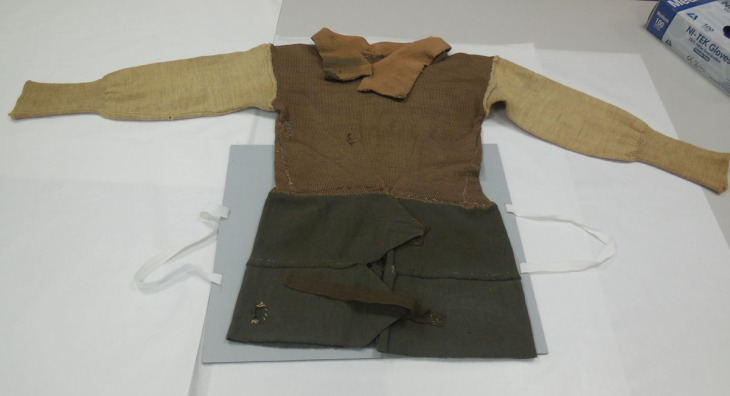 Improvised pullover, BombadierL G Burnett, 2/10 Field Regiment, World War II
