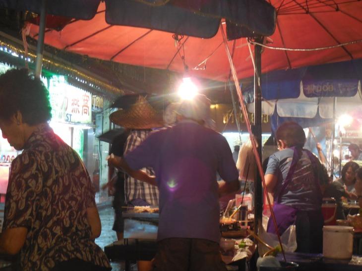 Kitchen under the umbrellas, Chinatown Bangkok